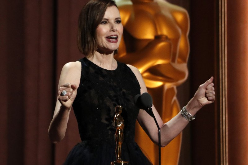 Penghargaan Oscar Geena Gavis Sebagai Aktris Kehormatan